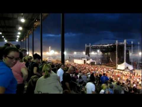 Video of the Sugarland Concert Accident