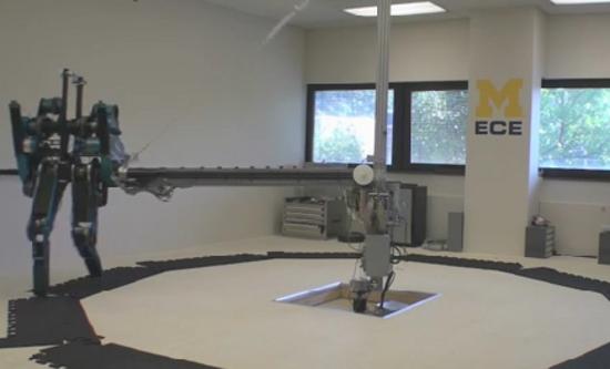 mabel the running robot