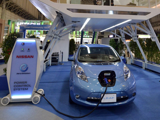 Nissan-10-minute-charge-electric-car
