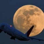 airplane-moon-night-photography-plane-Favim.com-199954_large